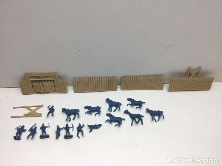 Figuras de Goma y PVC: LOTE FIGURAS DE GOMA - FOTOKEKI - MONTAPLEX - DILIGENCIA WELLSS-FARGO - FORT CHEYEN - AÑOS 70 - Foto 5 - 172269909
