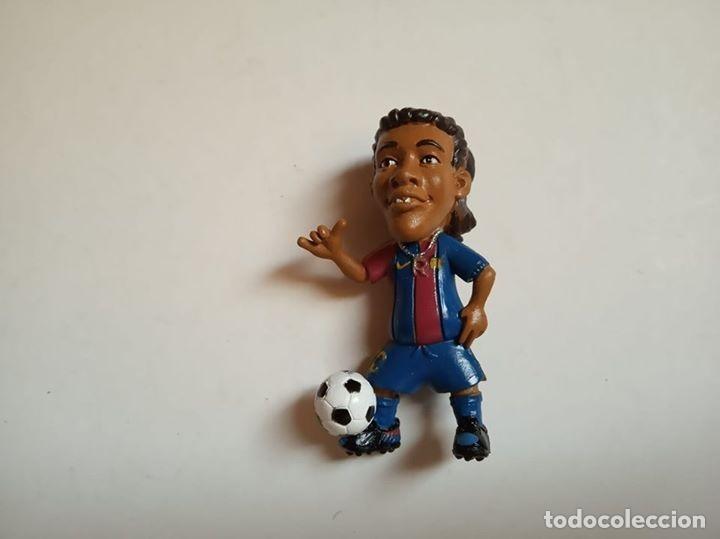 JUGADOR FC BARCELONA RONALDINHO (Juguetes - Figuras de Goma y Pvc - Comansi y Novolinea)