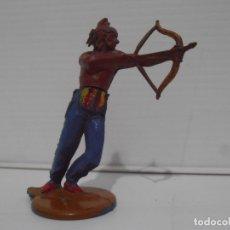 Figuras de Goma y PVC: INDIO CON ARCO, CUERPO DESMONTABLE, GAMA. Lote 172363333