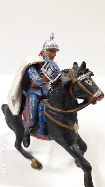 Figuras de Goma y PVC: ESCOLTA DEL GENERALISIMO CON TROMPETA . REALIZADO POR TEIXIDO . AÑOS 50 EN GOMA - Foto 3 - 172644630
