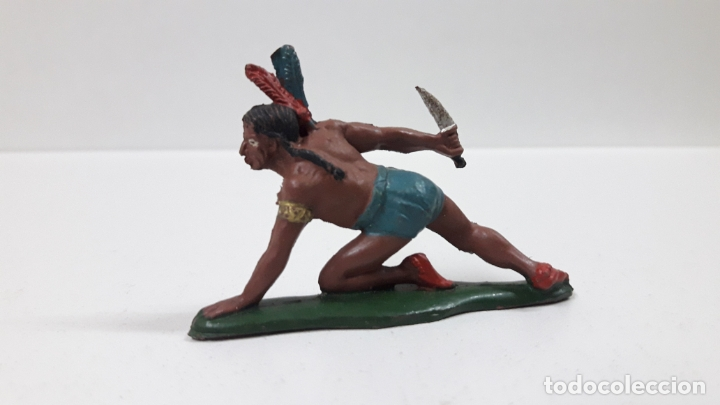 Figuras de Goma y PVC: GUERRERO INDIO CON PUÑAL ARRASTRANDOSE . REALIZADO POR TEIXIDO . AÑOS 50 EN GOMA - Foto 2 - 172789140