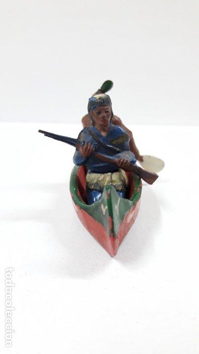 Figuras de Goma y PVC: CANOA INDIA CON REMERO Y EXPLORADOR . REALIZADA POR GAMA . AÑOS 50 EN GOMA - Foto 5 - 172874535