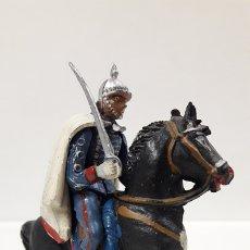 Figuras de Goma y PVC: OFICIAL - ESCOLTA DEL GENERALISIMO . REALIZADO POR TEIXIDO . AÑOS 50 EN GOMA. Lote 172893092