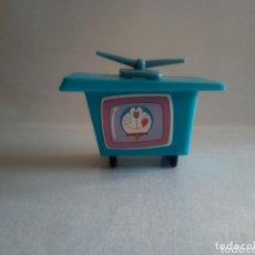 Figuras de Goma y PVC: ACCESORIOS CASA TELEVISION DORAEMON. Lote 172954765