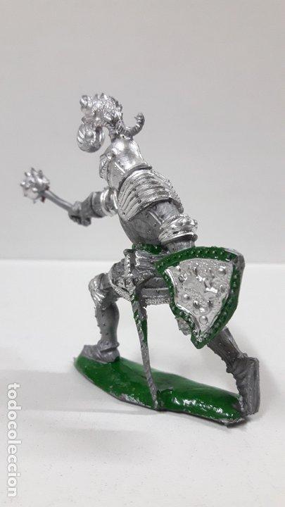 Figuras de Goma y PVC: GUERRERO MEDIEVAL . REALIZADO POR LAFREDO . AÑOS 60 - Foto 3 - 173004392