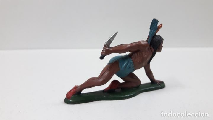 Figuras de Goma y PVC: GUERRERO INDIO CON PUÑAL ARRASTRANDOSE . REALIZADO POR TEIXIDO . AÑOS 50 EN GOMA - Foto 3 - 173152280