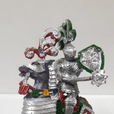 Figuras de Goma y PVC: GUERRERO MEDIEVAL A CABALLO . REALIZADO POR LAFREDO . AÑOS 60. Lote 173158455