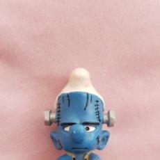 Figuras de Goma y PVC: FIGURA PITUFO FRANKENSTEIN SCHLEICH PEYO 2005 PUFFO SMURFS SCHLUMPFE. Lote 173560129