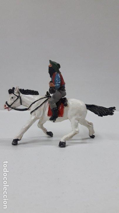 Figuras de Goma y PVC: VAQUERO BANDIDO A CABALLO . REALIZADO POR TEIXIDO . AÑOS 50 EN GOMA - Foto 6 - 173580157