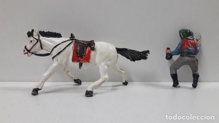 Figuras de Goma y PVC: VAQUERO BANDIDO A CABALLO . REALIZADO POR TEIXIDO . AÑOS 50 EN GOMA - Foto 8 - 173580157