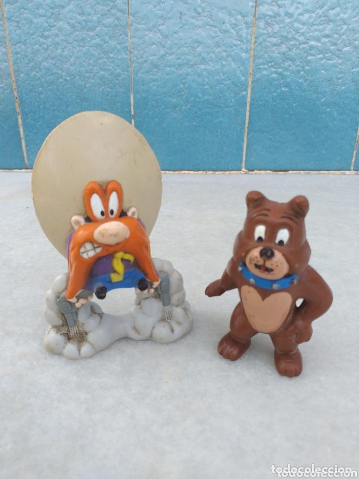 FIGURA SAM BIGOTES Y PERRO SPIKE DE TOM Y YERRY (Juguetes - Figuras de Goma y Pvc - Otras)