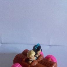 Figuras de Goma y PVC: MUÑECO EN PVC / PICAPIEDRAS BETTY Y WILMA 1993. Lote 174077100