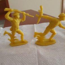 Figuras de Goma y PVC: FIGURAS DOS SOLDADOS INGLESES PLASTICO.. Lote 174090237