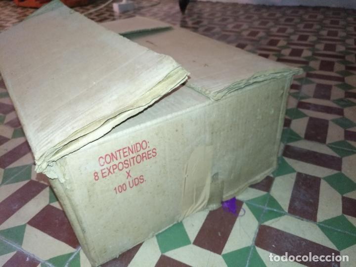 Dispensador Pez: HAGA SU OFERTA gran caja vacia recargas D dispensadores pez dulces unzue pamplona españa expositores - Foto 5 - 174101607