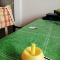 Figuras de Goma y PVC: PEONZA DE PLASTICO. Lote 174155497