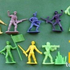 Figuras de Goma y PVC: FIGURAS Y SOLDADITOS DE MAS DE 6 CTMS -9938. Lote 174209797