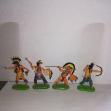Figuras de Goma y PVC: 4 INDIOS 1971 BRITAINS. Lote 174297957