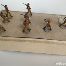 Figuras de Goma y PVC: ANTIGUA RARA CAJA Y SOLDADOS EJÉRCITO ESPAÑOL GOMA. Lote 174434669