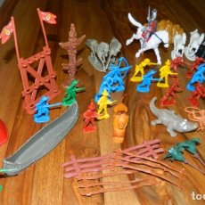 Figuras de Goma y PVC: LOTE...FIGURAS DE PLÁSTICO INDIOS,VAQUEROS,ACCESORIOS...... Lote 174547133