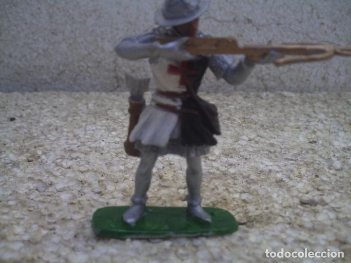 GUERRERO MEDIAVAL DE GOMA (Juguetes - Figuras de Goma y Pvc - Reamsa y Gomarsa)