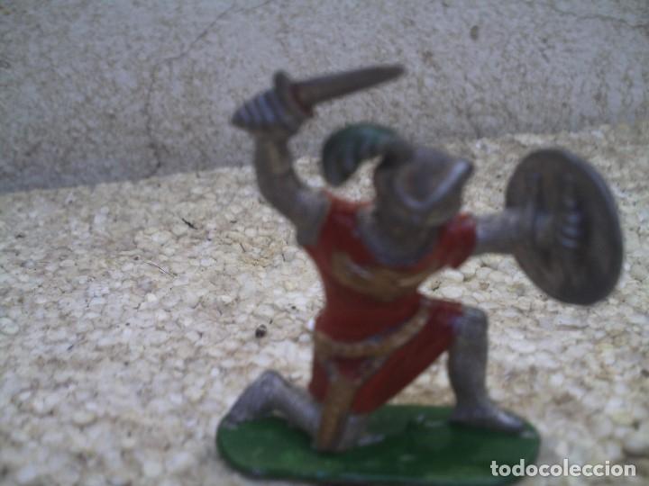GUERREO MEDIAVAL (Juguetes - Figuras de Goma y Pvc - Reamsa y Gomarsa)