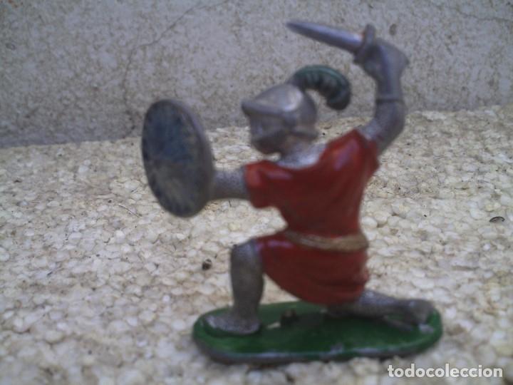Figuras de Goma y PVC: guerreo mediaval - Foto 2 - 175063060