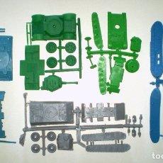 Figuras de Goma y PVC: MONTAPLEX LOTE DE 6 COLADAS DE BLINDADOS DIFERENTES. Lote 175103402