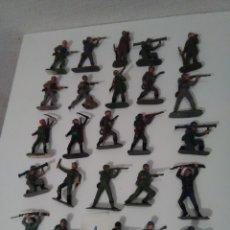 Figuras de Goma y PVC: 25 CASCOS AZULES DE JECSAN - LOTE 1. Lote 175330662