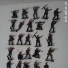 Figuras de Goma y PVC: 25 CASCOS AZULES DE JECSAN - LOTE 4. Lote 175330922