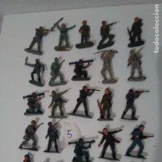 Figuras de Goma y PVC: 25 CASCOS AZULES DE JECSAN - LOTE 5. Lote 175331025