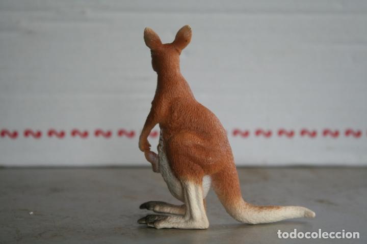 Figuras de Goma y PVC: figura canguro con su cria schleich REF 14603 año 2008 - Foto 3 - 175425608