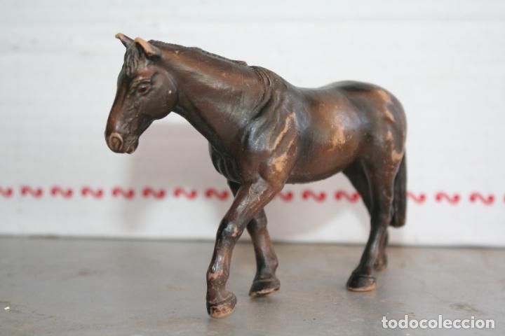 Figuras de Goma y PVC: figura yegua Holsteiner holstein caballo de Schleich año 2001 REF 13279 - Foto 2 - 175428969