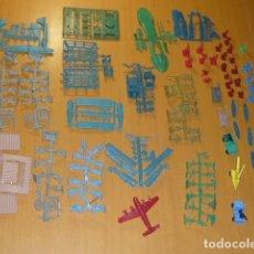 Figuras de Goma y PVC: GRAN LOTE MONTAPLEX, COLADAS , AVIONES, CARROS DE COMBATE, FUERTE , COCHE EPOCA.... Lote 175449900