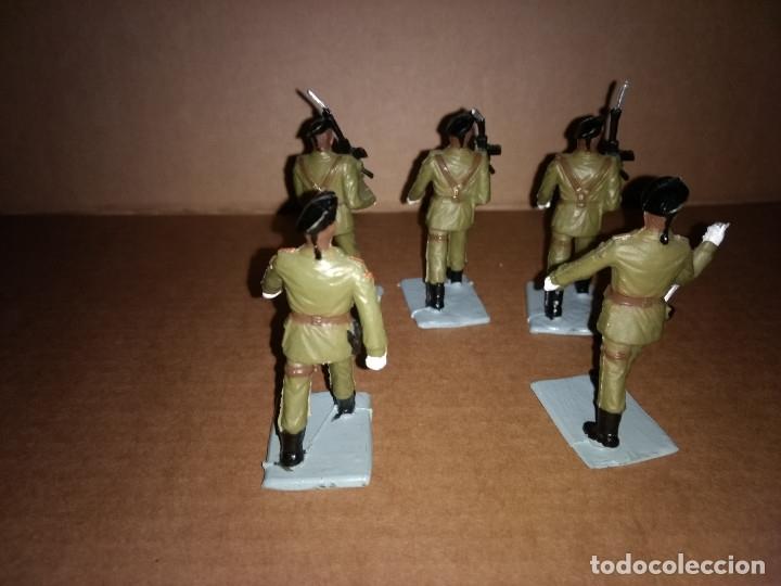 Figuras de Goma y PVC: REAMSA GOMARSA : LOTE DE 5 SOLDADOS DE DESFILE EJERCITO ESPAÑOL AÑOS 60 EN GOMA , BUEN ESTADO - Foto 2 - 175512760