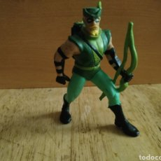 Figuras de Goma y PVC: FIGURA PVC GREEN ARROW COMICS SPAIN VARIANTE DE COLOR. Lote 175902410