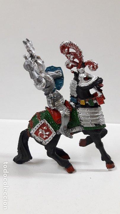 Figuras de Goma y PVC: GUERRERO MEDIEVAL A CABALLO . REALIZADO POR LAFREDO . AÑOS 60 - Foto 6 - 175976017