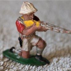 Figuras de Goma y PVC: EXPLORADOR CAZADOR SAFARI - LAFREDO -. Lote 176067632