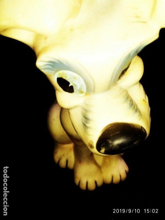 Figuras de Goma y PVC: FIGURA DE GOMA PLÁSTICO CHILLÓN SONORO FAMOSA GOLFO LA DAMA Y EL VAGABUNDO AÑOS 60/70 ÚNICO - Foto 12 - 176090374