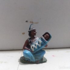 Figuras de Goma y PVC: FIGURA BRITAIN'S INDIA CON BEBÉ. Lote 176124804