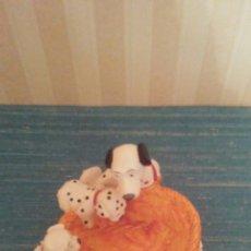 Figuras de Goma y PVC: JABONERA CON DALMATAS,SELLO DISNEY COMERCIALIZADA POR BULLY.. Lote 176133705