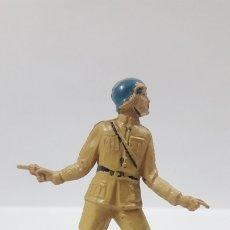 Figuras de Goma y PVC: OFICIAL ESPAÑOL - INFANTERIA . REALIZADO POR TEIXIDO . AÑOS 50 EN GOMA. Lote 176198239