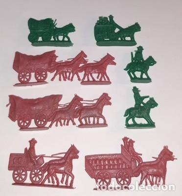 LOTE DE CARAVANAS, DILIGENCIAS, CARRETAS Y COWBOYS TIPO MONTAPLEX (Juguetes - Figuras de Goma y Pvc - Montaplex)