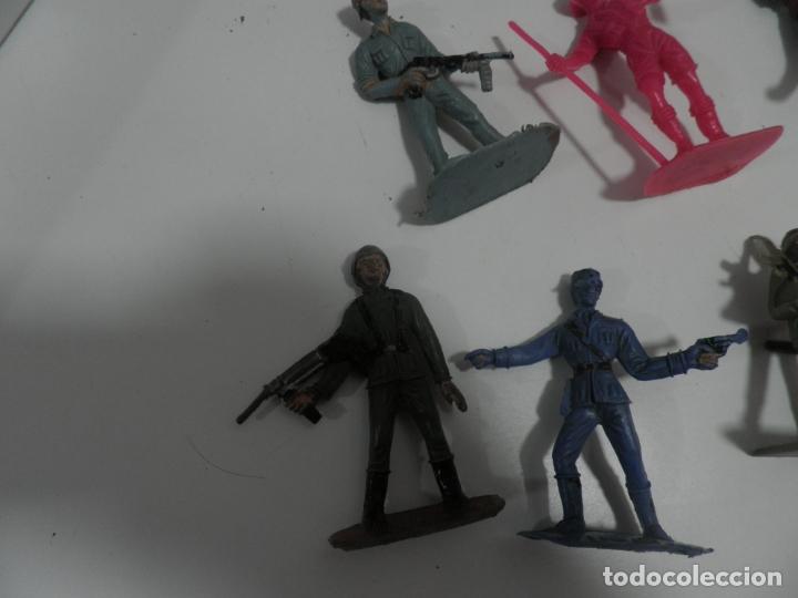 Figuras de Goma y PVC: 8 FIGURAS SOLDADOS COMANSI Y OTRAS MARCAS - Foto 2 - 176424575