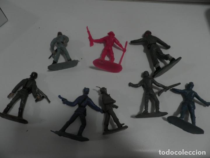 Figuras de Goma y PVC: 8 FIGURAS SOLDADOS COMANSI Y OTRAS MARCAS - Foto 4 - 176424575