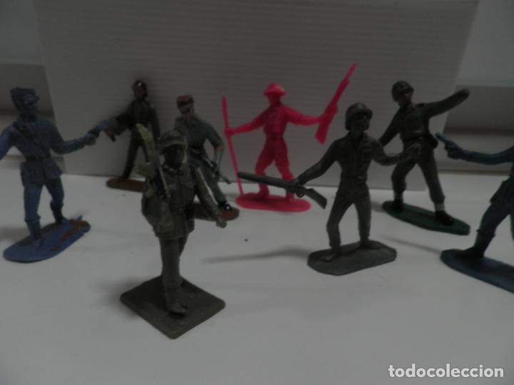 Figuras de Goma y PVC: 8 FIGURAS SOLDADOS COMANSI Y OTRAS MARCAS - Foto 7 - 176424575