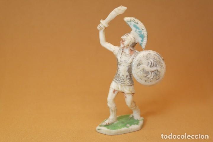 Figuras de Goma y PVC: Figura Romanos contra Cartagineses, Batallas del Mundo, Metauro, plástico, Rojas y Malaret, años 60. - Foto 2 - 176436832