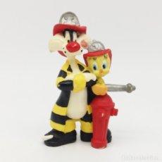 Figuras de Goma y PVC: GATO SILVESTRE Y PIOLÍN BOMBEROS DE BULLYLAND. Lote 176596797