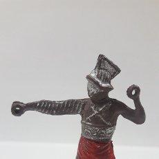 Figuras de Goma y PVC: GLADIADOR . REALIZADO POR GAMA . SERIE ROMA Y GLADIADORES . AÑOS 50 EN GOMA. Lote 176927410