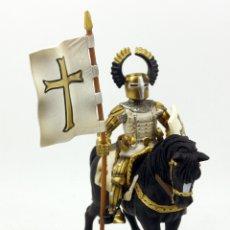 Figuras de Goma y PVC: FIGURA CABALLERO MEDIEVAL ABANDERADO Y MONTADO A CABALLO - SCHLEICH - 2003 - 17X14CM. Lote 177043492