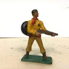 Figuras de Goma y PVC: FIGURA VAQUERO STARLUX COWBOY NO PECH REAMSA JECSAN COMANSI. Lote 177215074